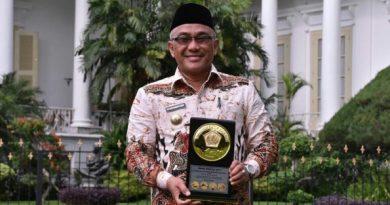 Pemkot Depok Sabet Penghargaan Anugerah Dana Rakca 2017