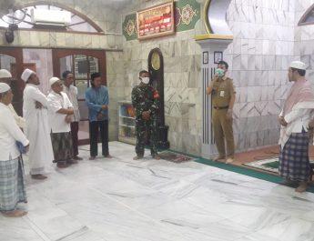 Lurang Cawang Kunjungi Masjid Untuk Sosialisasi PSBB