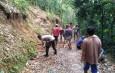 Bhabinkamtibmas Desa Pengarengan Polsek Bojonegara Polres Cilegon Gencarkan Gotong – Royong Dan Ronda Kampung