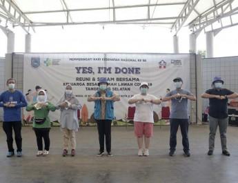 Walikota Tangsel Senam Bareng Pasien Eks Covid-19 di Jalatreng