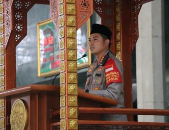 Jumling di Masjid Agung Al-Amjad, Kapolresta Tangerang Imbau Masyarakat Tidak Mudik