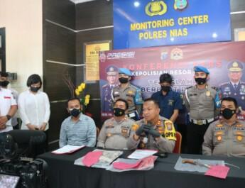 Pelaku Pembunuhan Di Kecamatan Bawolato Menyerahkan Diri, Polres Nias Gelar Konfrensi Pers